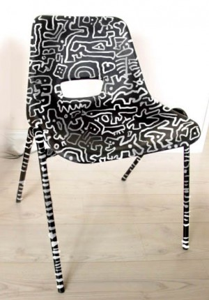 Tilby le chair  Haring style