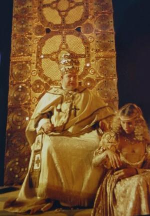 tilby columbus pope set